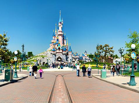 Un parc d attractions magique visiter avec votre famille for Parc a visiter